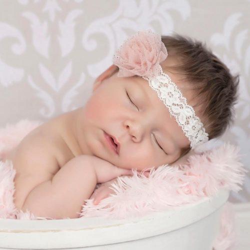 Elastisches Haarband aus Spitze mit Glitzerblüte