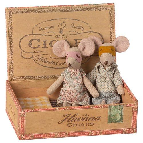 Maileg Mami & Papi in Zigarrenbox - Maileg Schätze bei Tante Frida Online