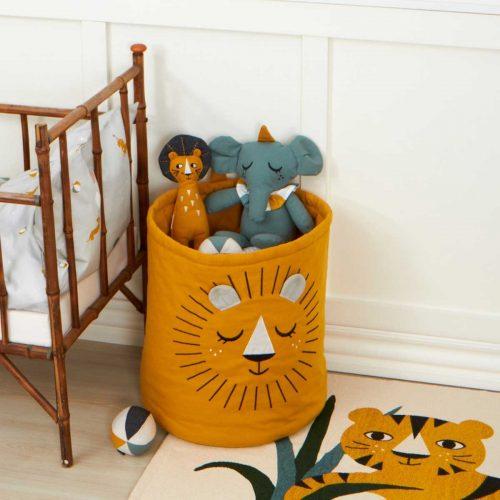 Spielzeugkorb Löwe in senfgelb von Roommate - ein Eyecatcher