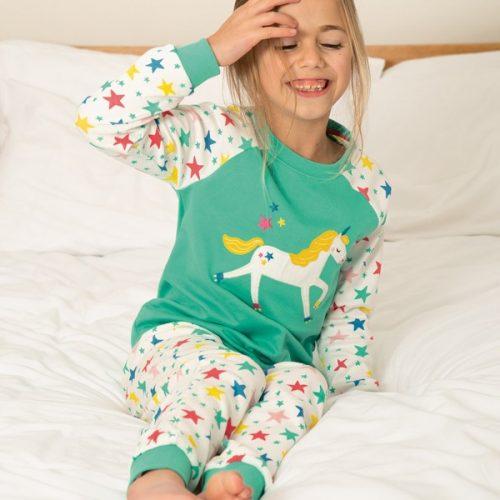 Frugi Schlafanzug Einhorn mit Sternenprint und Einhornapplikation