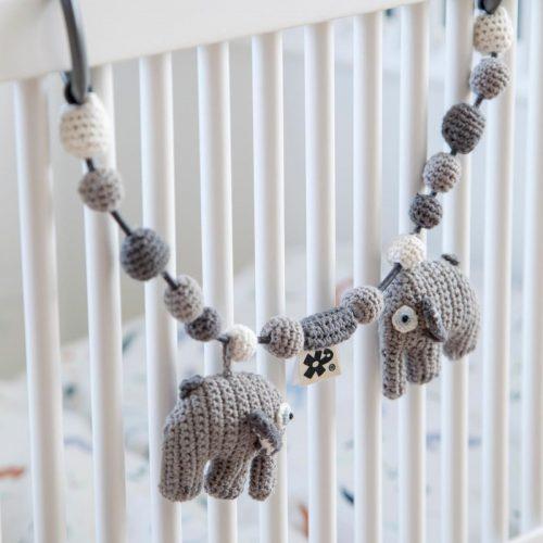 Sebra - Kinderwagenkette Elefant in grau - schönes Geschenk zur Geburt
